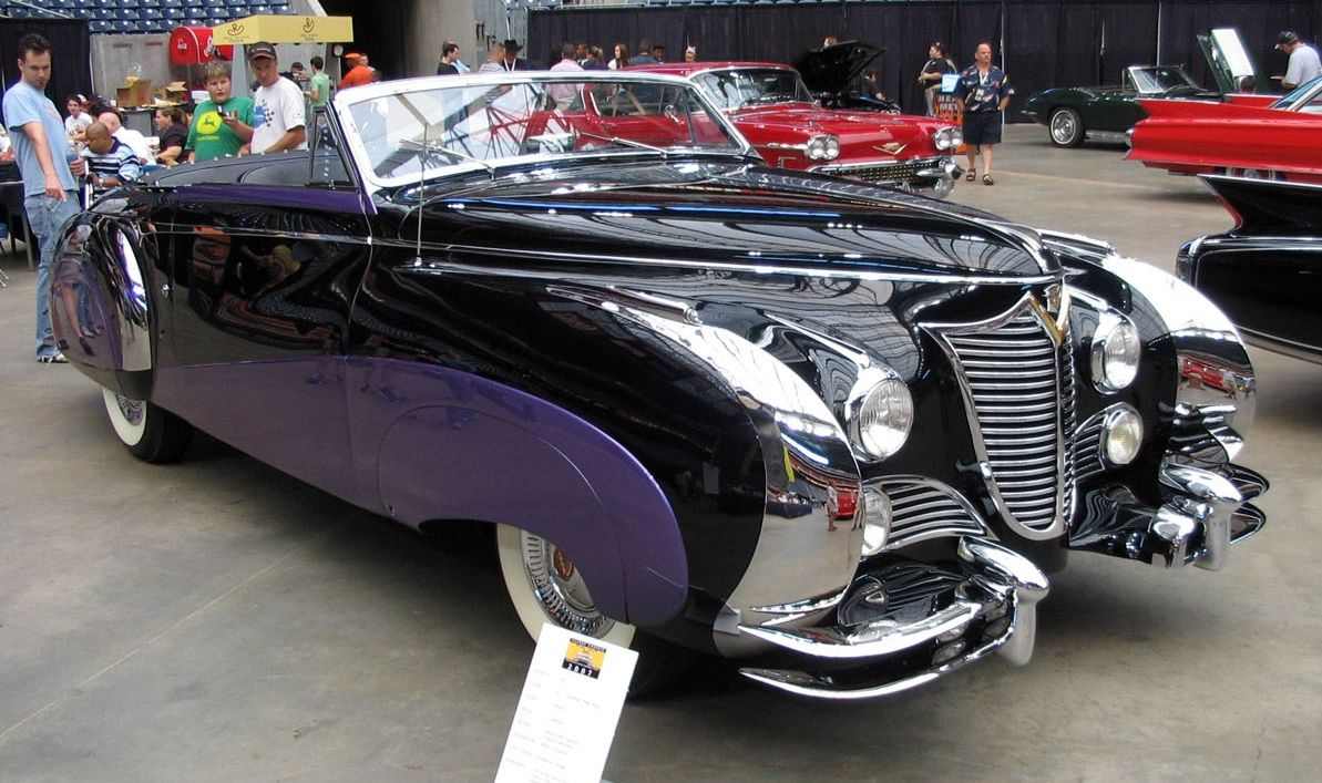 1948 Cadillac Series 62 Saoutchik Cabriolet - YouTube