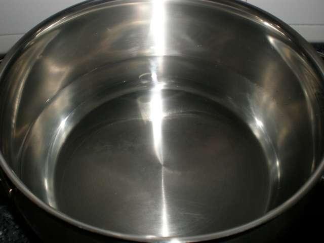 Agua en caldero