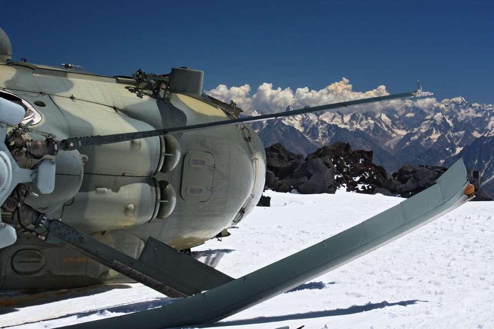 Helicoptero perdido en la nieve