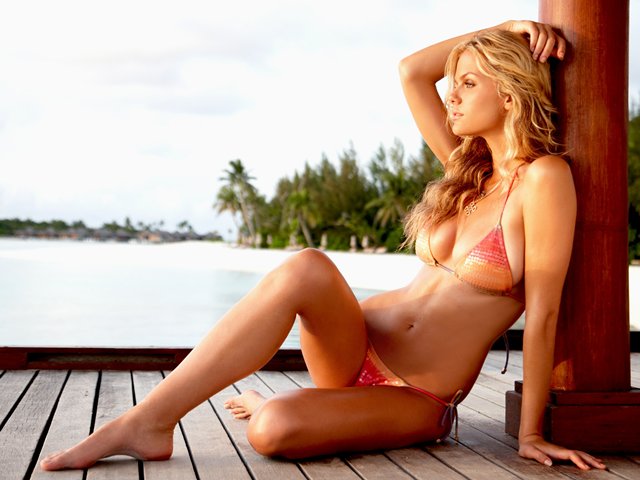 Brooklyn Decker bikini